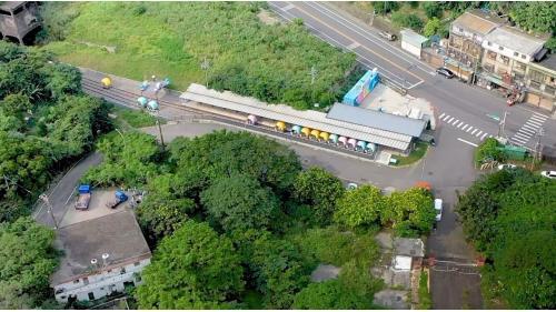 2019年,台鐵與新北市政府合作,利用八斗子與深澳間既有軌道,設置鐵道自行車,全線長1.3公里。
