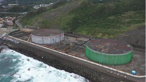 協和電廠西側10萬公秉重油槽及其防護海堤
