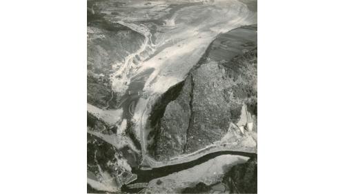 大嵙崁溪從石門壩址上游向下游拍攝之空拍