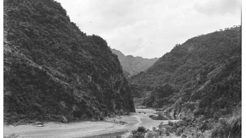大嵙崁溪上游舊取水口所在的石門峽