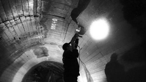 官1933到1936年進行隧道工程檢討,並利用每年5月的一個月及11月底至隔年1月間約二個月,約3個月的斷水期,用鋼筋水泥予以補強。