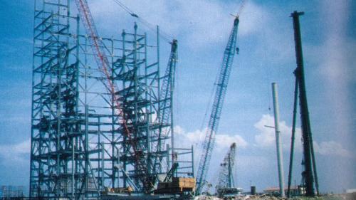 1987年,台中電廠鍋爐房基礎開始施工。