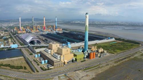 汽輪發電機組1至10號裝置均為55萬瓩,為燃煤機組。