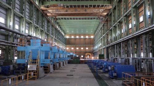 台中電廠抽水機房內的抽水泵浦