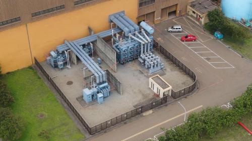 台中電廠廠房外的主變壓器俯瞰