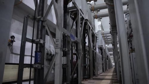 台中電廠開關場內部