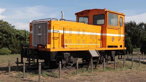 台中發電廠特地保留了L07型號的運煤火車頭,展示於電廠中,並另外將L03型號的德製火車頭,轉贈高雄打狗鐵道故事館。
