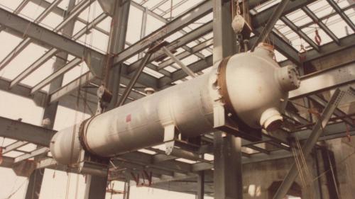 興達電廠建廠初期高壓加熱器吊裝