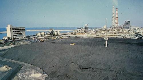 興達電廠早期的露天煤場
