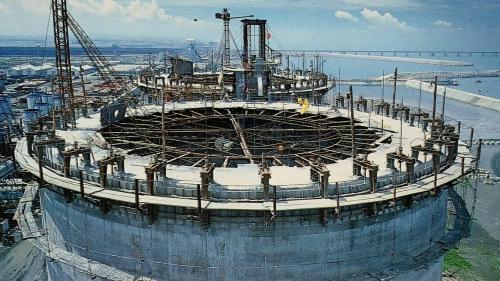 興達電廠興建中的室內煤倉