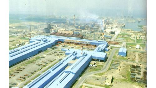 高雄港:中鋼為1970年代十大建設之一,全系列建廠工作交由榮工處承辦,  1974年開工,1977年第一階段工程完工進入生產階段