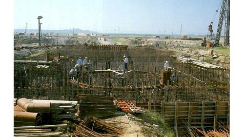 高雄港:中鋼建廠打設混凝土施工