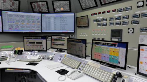 電廠也隨時監控各項數值之排放,確保不論是二氧化碳排放量、硫氧化物與氮氧化物等排放量,皆符合環保要求。