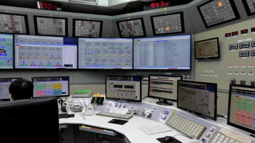 興達電廠機組控制室