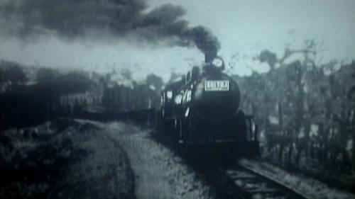 火車行駛於劉銘傳鐵道上的舊照