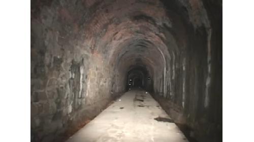 獅球嶺隧道內部