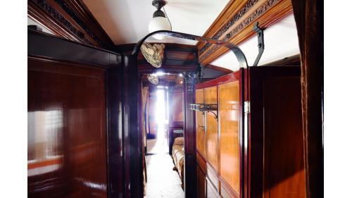SA4102總督花車車廂走廊照