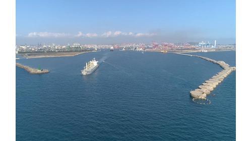 高雄港:高雄第二港口全景