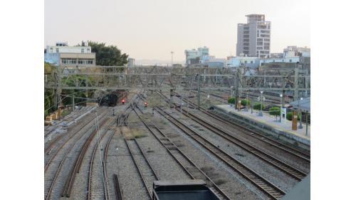 竹南車站縱貫線北段俯瞰