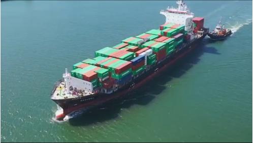 高雄港第三貨櫃中心:貨櫃輪朝大噸位巨型貨櫃輪發展