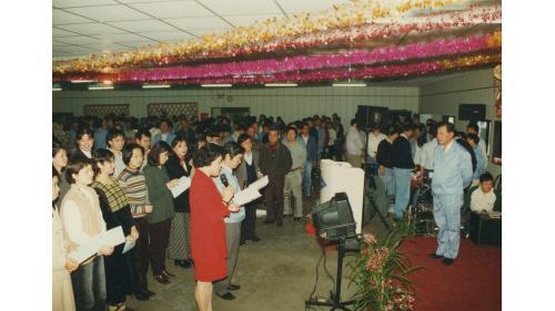 曾元一處長訪北宜工區,工區人員獻上「愛」的歌曲