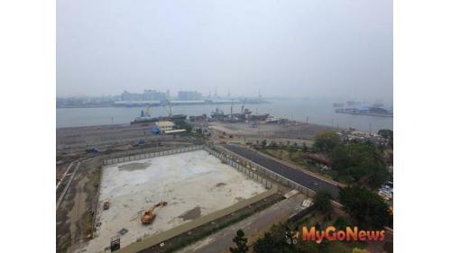 高雄港1983年第四貨櫃中擴建工程,填築新生地約27.78公頃