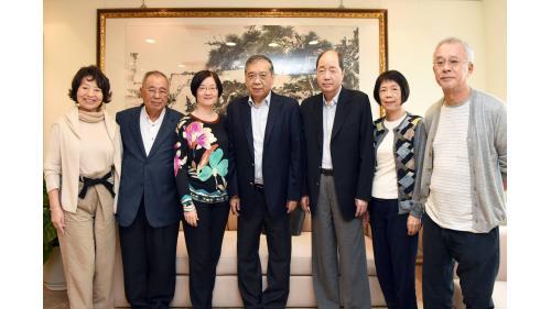 曾元一董事長伉儷與日月光集團總裁家族合照20190130