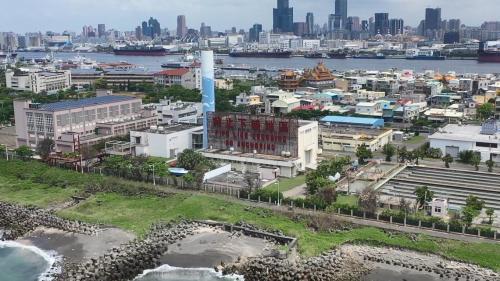 高雄港:中洲污水處理海洋流放平壓槽