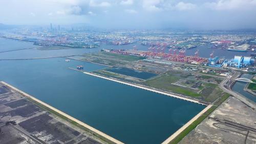 高雄港:第七貨櫃中心