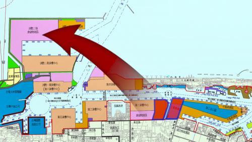 高雄港計畫遷移石化工業將石化工業則遷移到洲際二期內。把總共七家業者199顆的油槽,遷到洲際二期石化油槽儲運中心。
