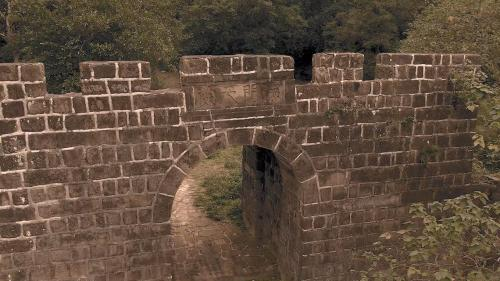 基隆港:今基隆二砂灣砲台之「海門天險」入口,1884年中法戰爭後劉銘傳重建