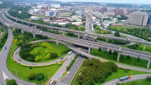 第八集南北高速公路(中)