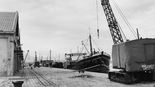 戰後花蓮港碼頭擴建情形