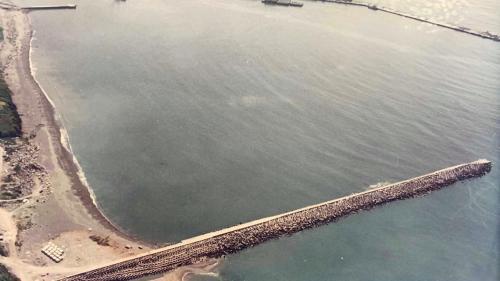 花蓮港:西防波堤港內側抽沙造地